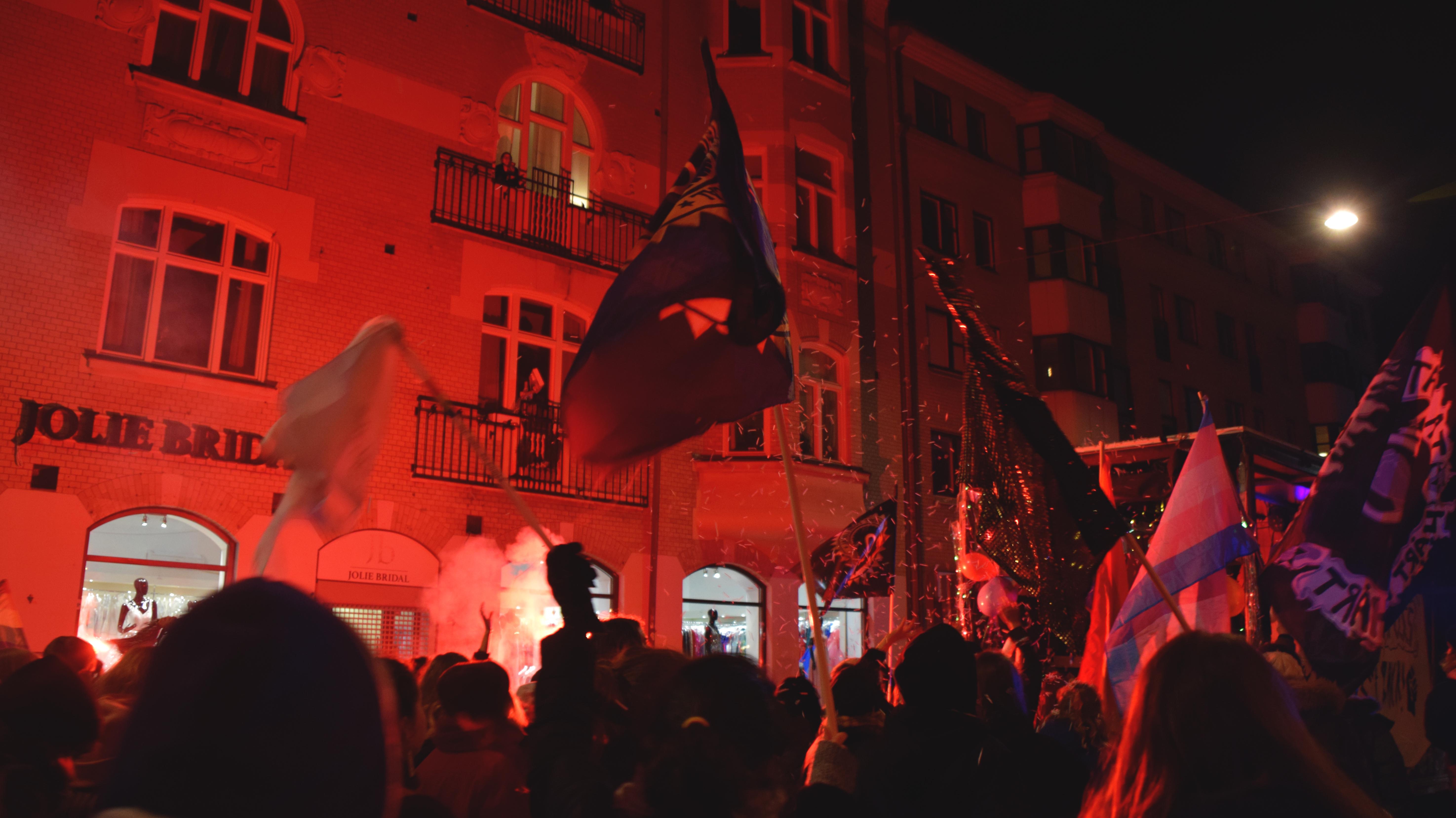 """Foto från """"Ta Natten Tillbaka"""" i Malmö. Fotograf: Malin Gustavsson"""